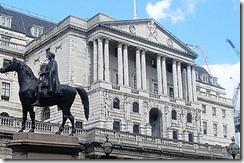 банк англии боится биткоина