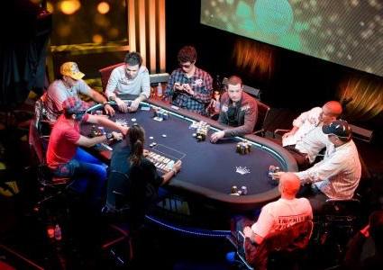 Жизнь Играет В Покер Михайлов